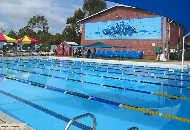 scarborough beach swimming pool